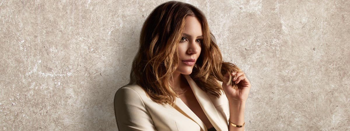 Katharine McPhee to make her Broadway debut in Waitress