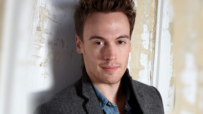 Erich Bergen to Join <i>Waitress</i>