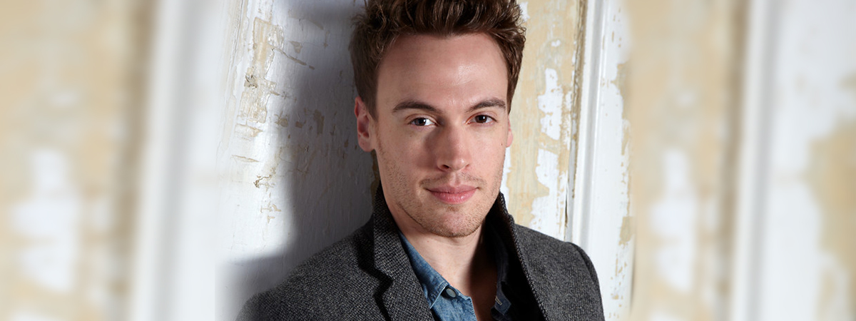 A headshot of Erich Bergen, who is staring in the Broadway musical Waitress