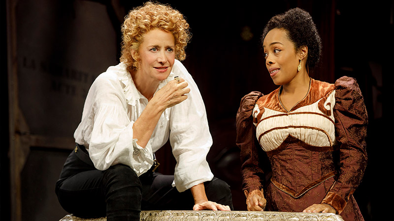 Janet McTeer and Brittany Bradford in <i>Bernhardt/Hamlet</i>. Photo by Joan Marcus.