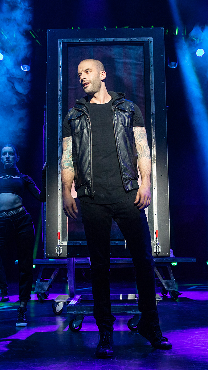 Darcy Oake in The Illusionists - Magic of the Holidays. Photo by Joan Marcus.