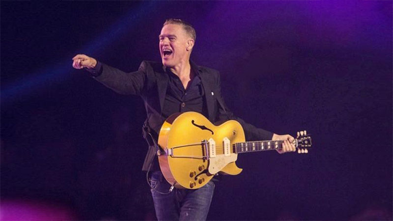 Bryan Adams performing at Pretty Woman: The Musical