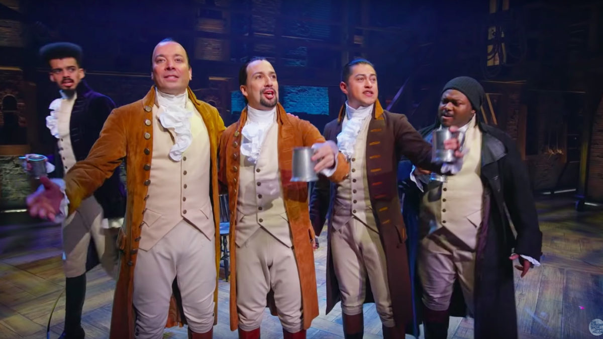 Jimmy Fallon and the company of Hamilton in Puerto Rico