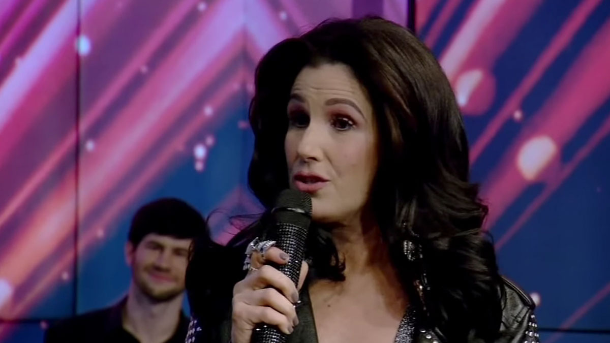 Stephanie J. Block on LIVE with Kelly and Ryan