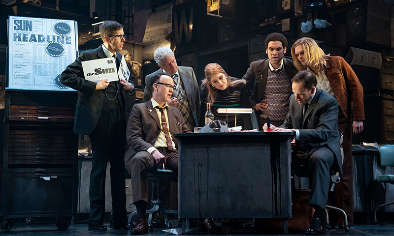 Robert Stanton, David Wilson Barnes, Bill Buell, Tara Summers, Eden Marryshow, Andrew Durand, and Jonny Lee Miller in<i>Ink</i>. Photo by Joan Marcus.