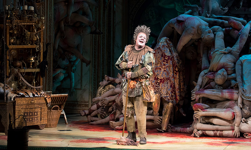 Nathan Lane in <i>Gary</i>. Photo by Julieta Cervantes.
