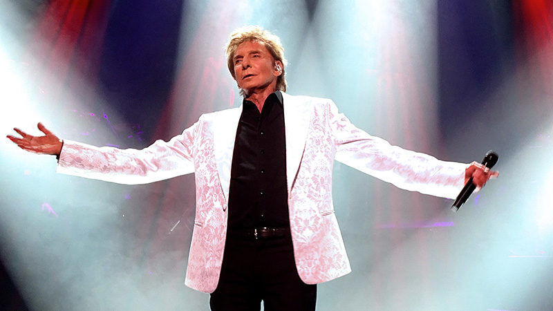 Barry Manilow In Residence on Broadway at the Lunt Fontanne Theatre