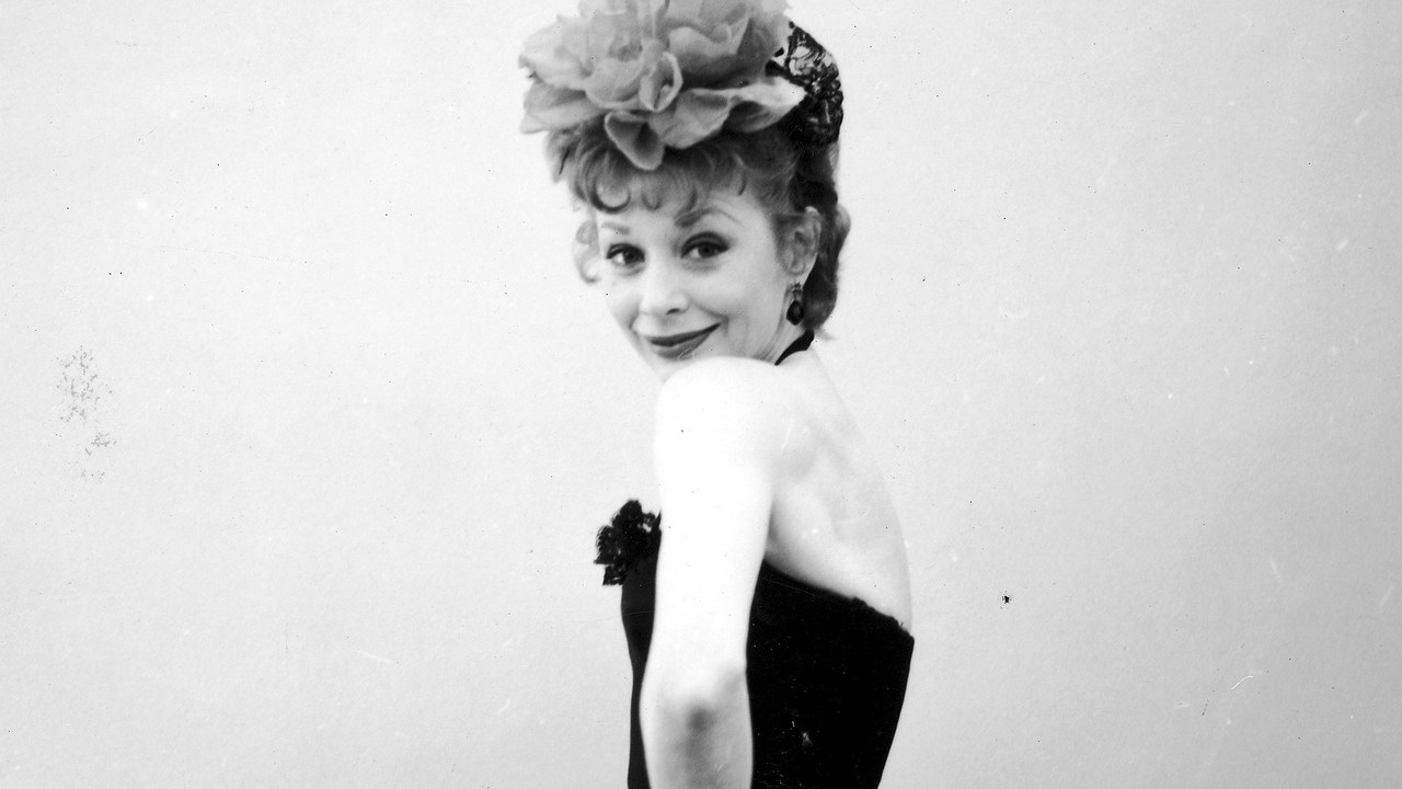 Gwen Verdon in a promotional photo for Damn Yankees.