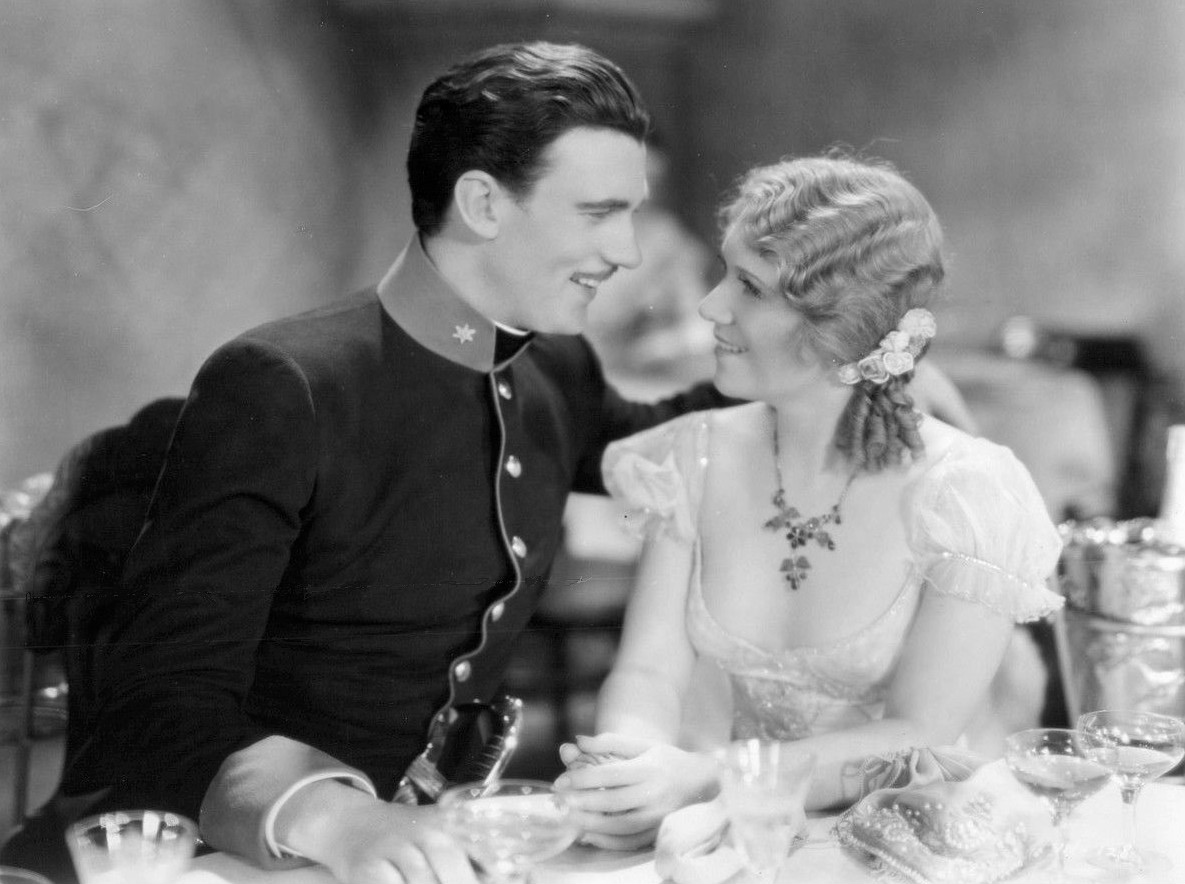 Walter Pidgeon and Vivienne Segal in Viennese Nights, 1930.