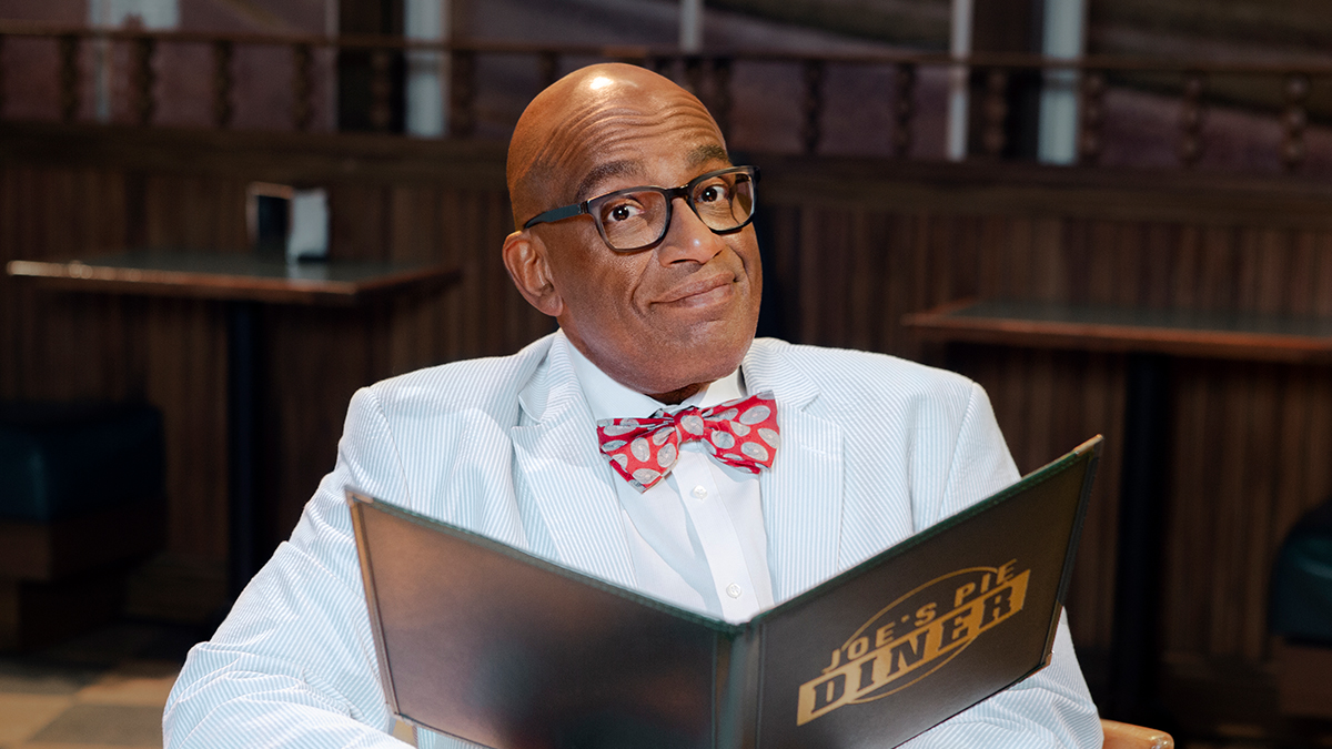 Al Roker Returns to Waitress