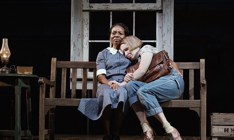 LisaGay Hamilton and Nina Grollman in <i>To Kill a Mockingbird<i/>. Photo by Julieta Cervantes.