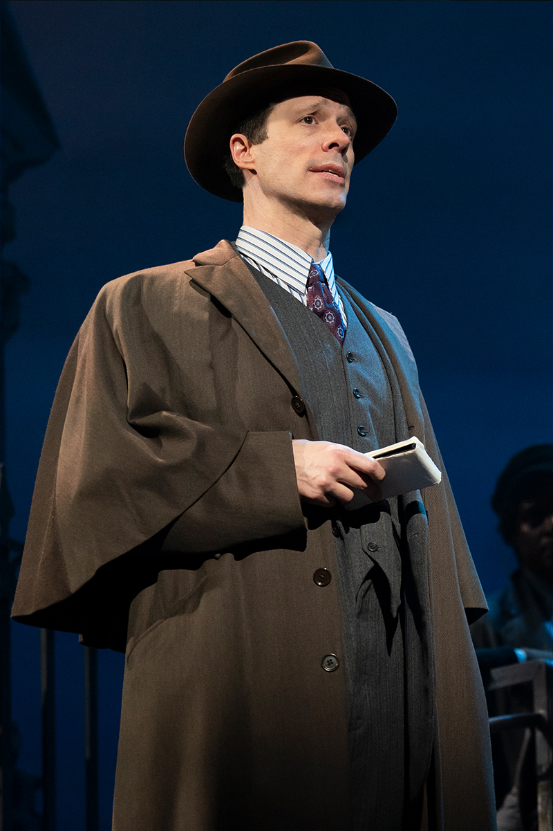 Laird Mackintosh in the national tour of <i>My Fair Lady</i>. Photo by Joan Marcus.
