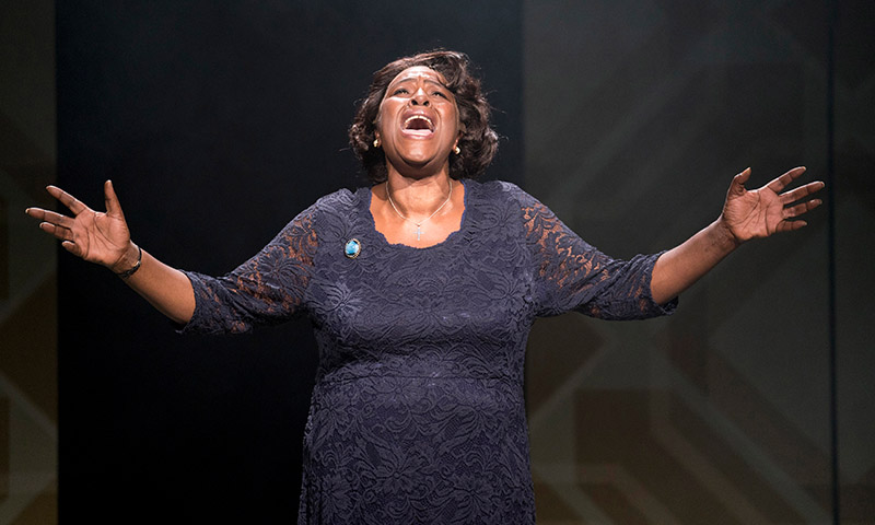 Sharon D Clarke in <i>Caroline, Or Change.</i> Photo by Alastair Muir.