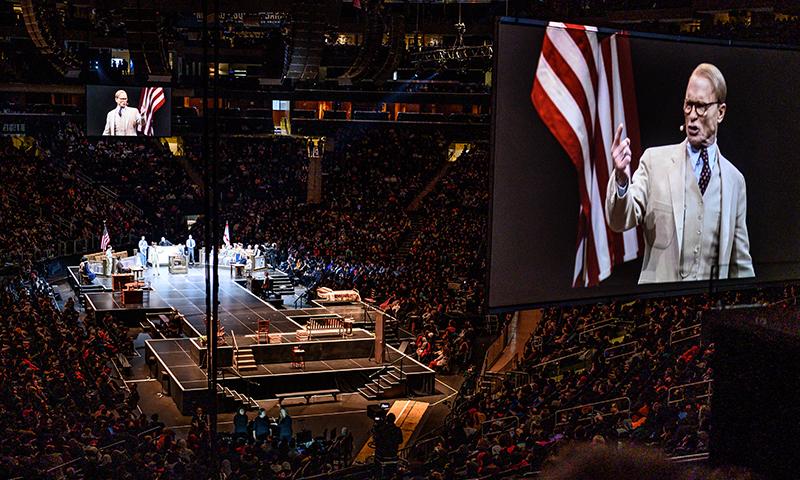 Ed Harris in <i>To Kill a Mockingbird</i> at Madison Square Garden. Photo by Jenny Anderson.